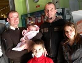Photo DDM ladepeche e1297342882503 Un bébé de deux mois sauvé par un vigile